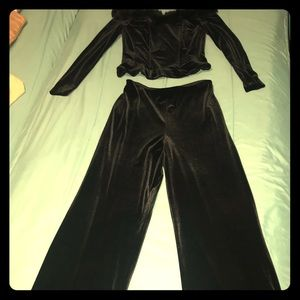Alex Evenings black velvet set